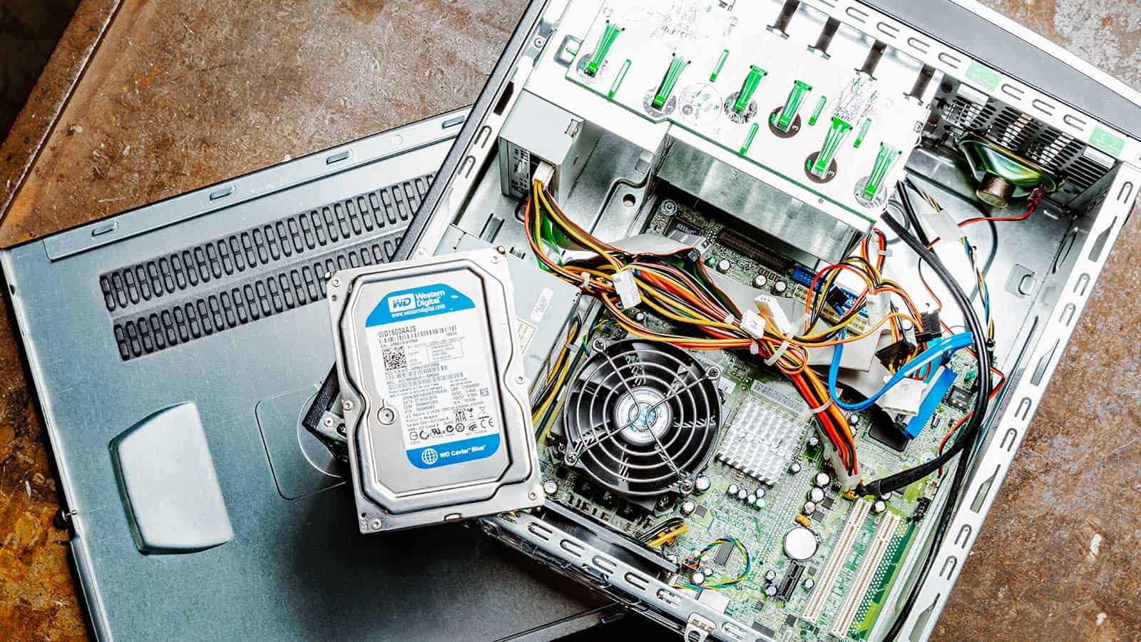 hardware-afvoeren-vernietigen-brantjes-header