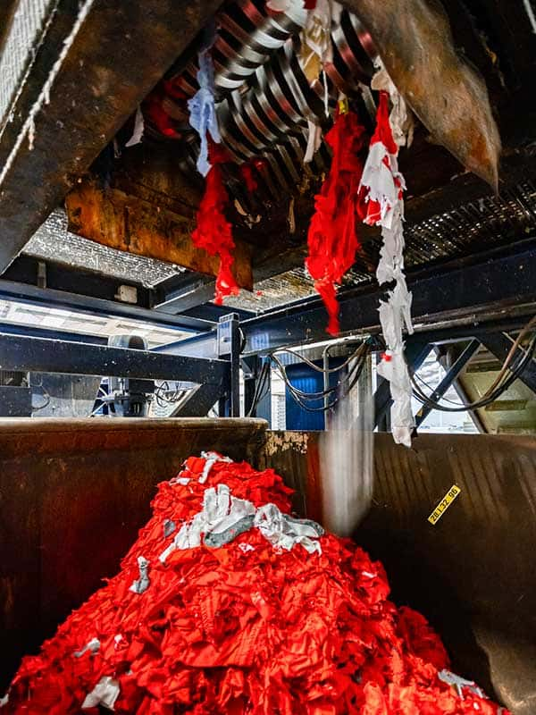 producten-vernietigen-in-shredder-brantjes-data-vernietiging